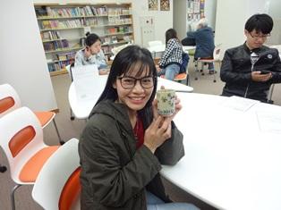 20180601留学生が絵付けをした益子焼完成03.JPG