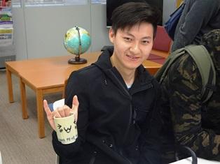 20180601留学生が絵付けをした益子焼完成01.JPG