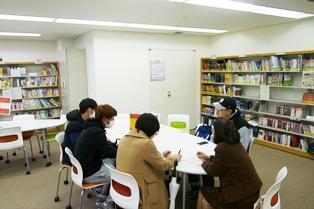 20180124海外語学演習体験報告会の様子2.JPG