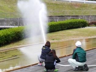フロンティアタワーズB館 屋内消火栓使用訓練